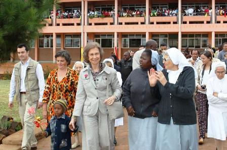 visita-reina-mozambique4