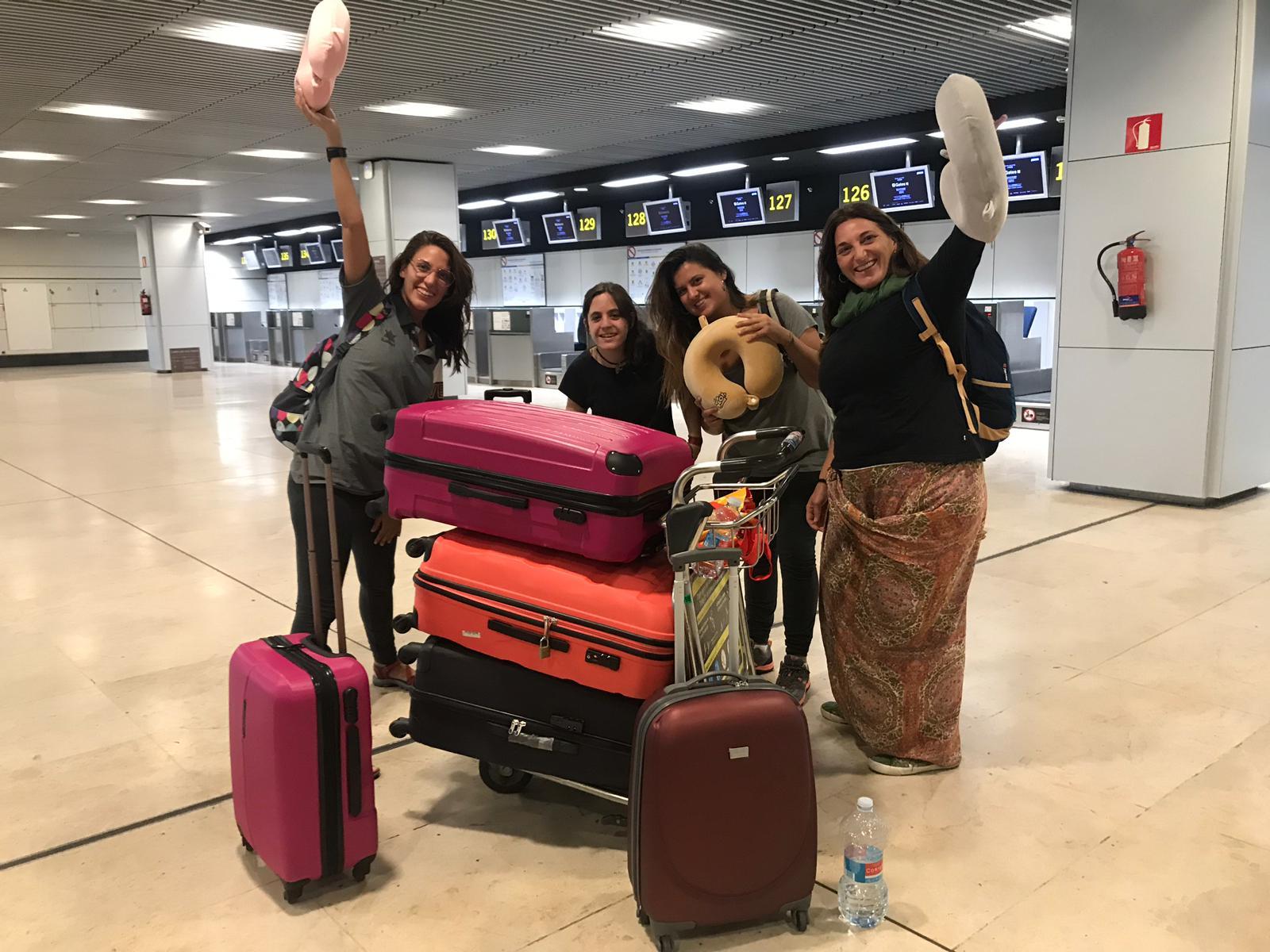 Parten hacia sus destinos las personas voluntarias que viajan en agosto