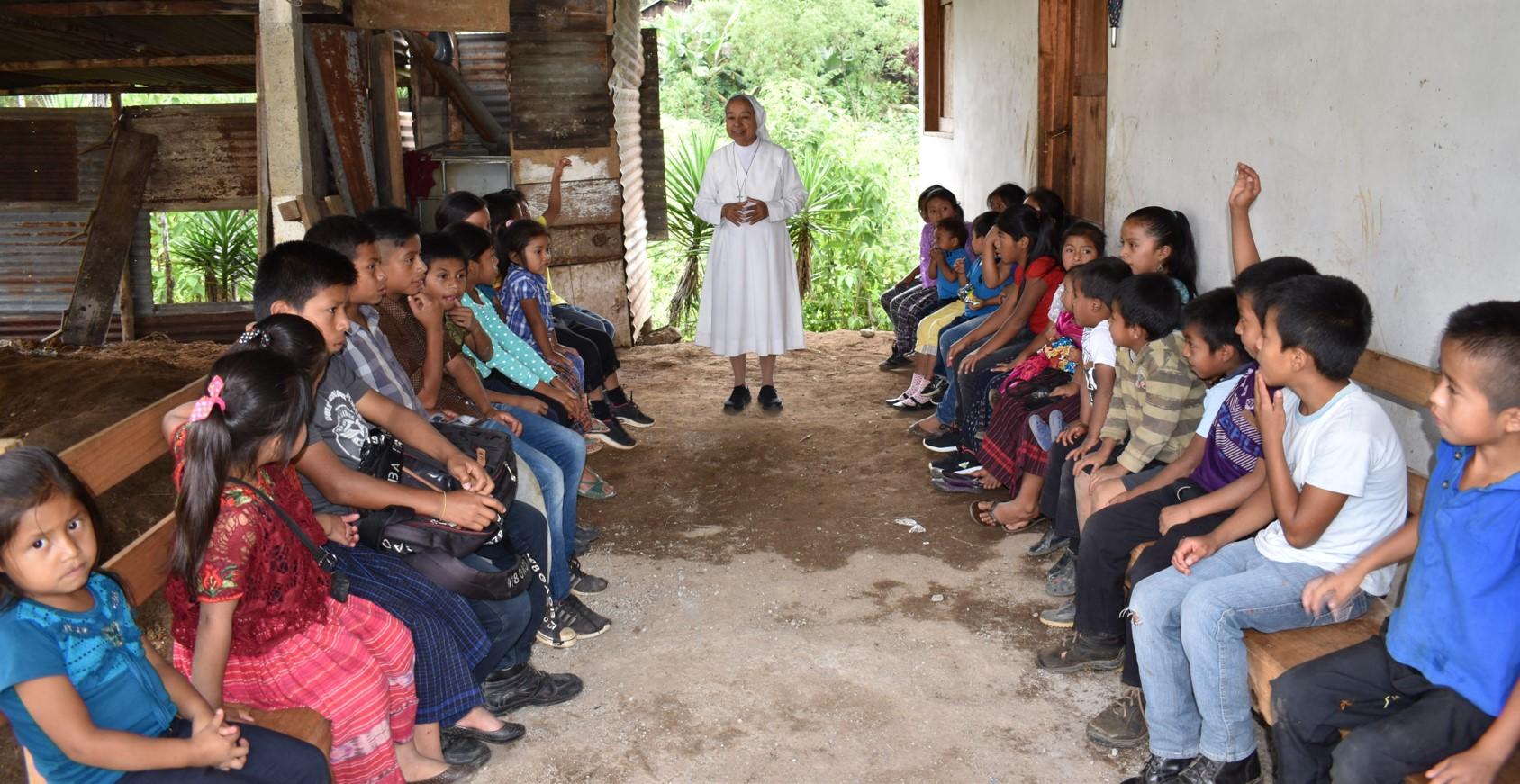 Finaliza el proyecto con familias indígenas Q'eqchis