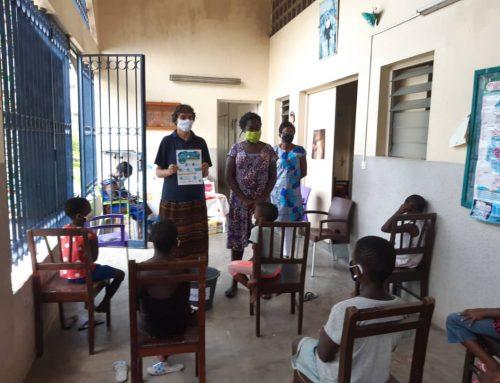 Apadrinamientos en Costa de Marfil: sensibilización en las escuelas de las salesianas