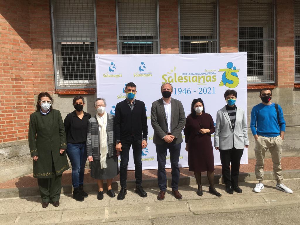 Solidaridad con Kerala: mercadillo solidario y visita del alcalde de Zaragoza