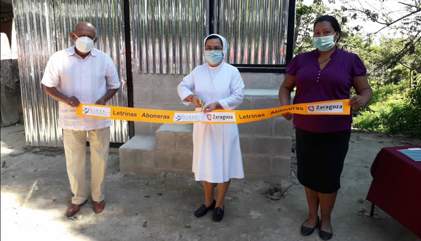 Finaliza la construcción de 35 letrinas aboneras en El Salvador