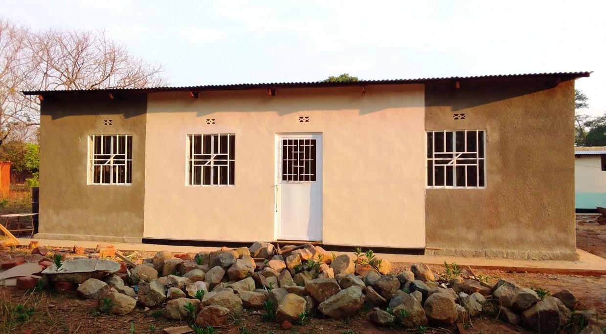 Finaliza la construcción de la posta de salud en Dilanda (R.D.Congo)